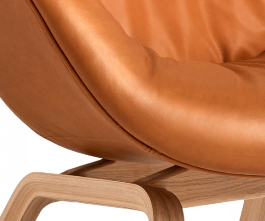 HAY About a Lounge Chair Soft Low (AAL83) Silk Cognac Læder