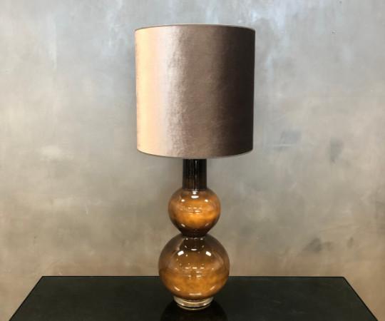 Augusta bordlampe - varmgrå velour skærm