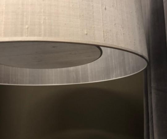 Emma Silk Lampe - 50 cm - silvergrey