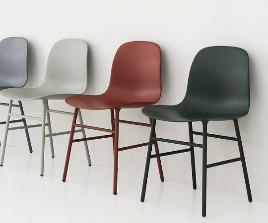 Normann Copenhagen Form Armchair - Stålben