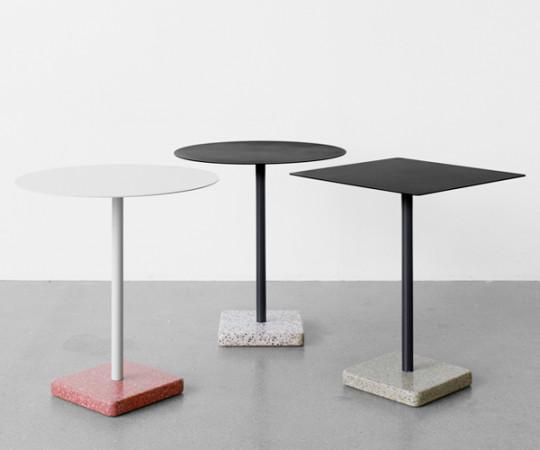 HAY Terrazzo Cafébord - Rundt - Red Base - Light Grey Top