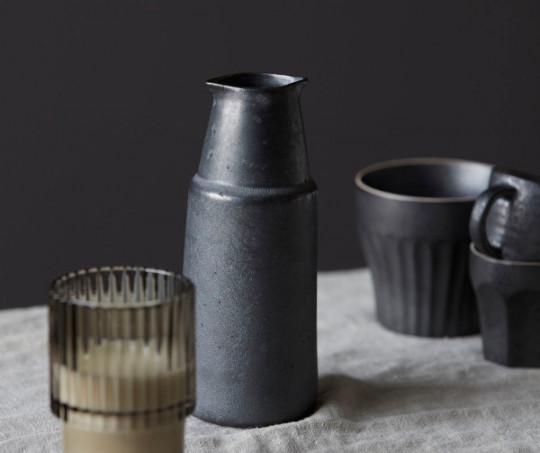 House Doctor Pion flaske - stor - sort/brun