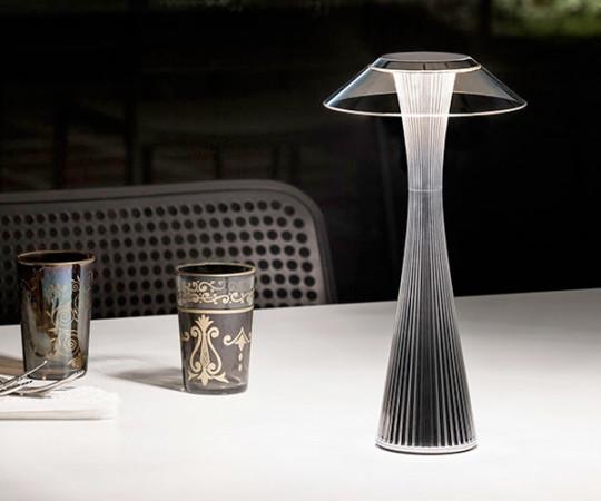 Kartell Space LED Bordlampe - Opladelig - Udendørs
