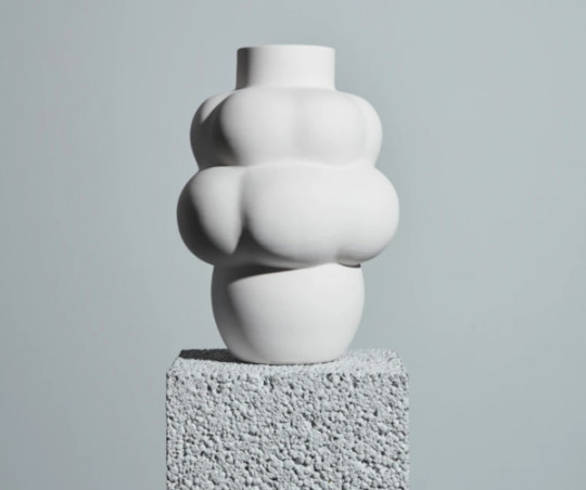 Louise Roe Balloon Ceramic vase - 04 - raw white