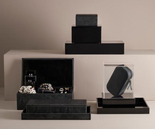 Mojoo Sting smykke box - 24x15 - black