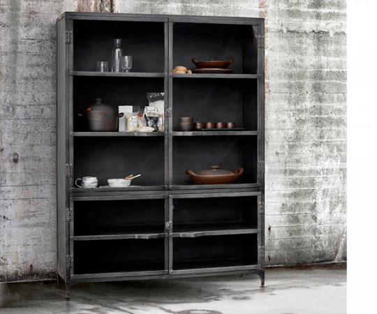 Muubs Glass cabinet 02
