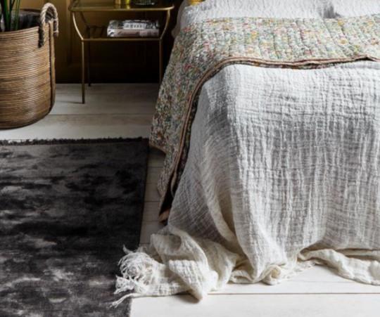 Nordal Noble tæppe - 75x200 - varmgrå