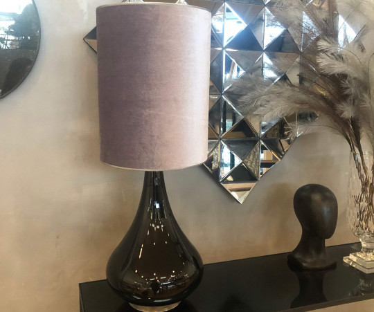 Renata bordlampe - grå velour skærm