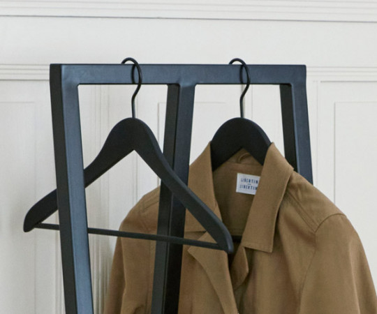 HAY Soft Coat Hanger Slim W./ Bar - Sort