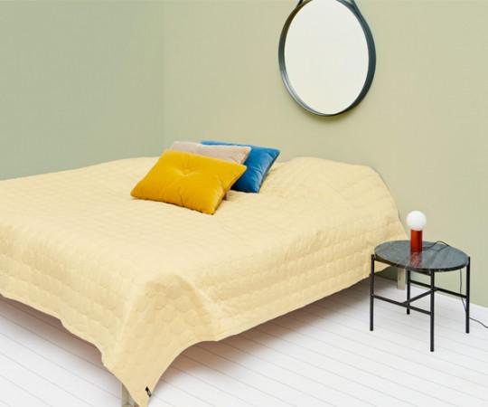 HAY Mega Dot  Sengetæppe - Soft Yellow - 245x235cm