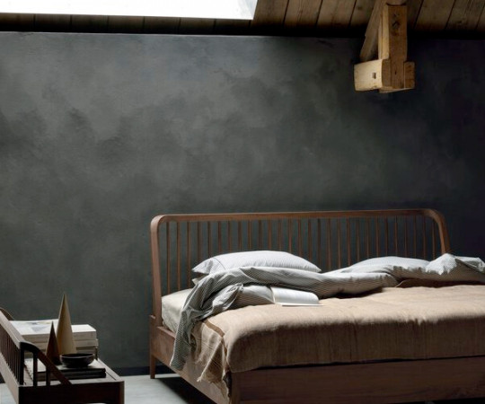 Ethnicraft Walnut Spindle Bed - Sengeramme - 180x200cm.