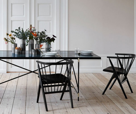 Handvark - Dining Table 180 - Black - Brass