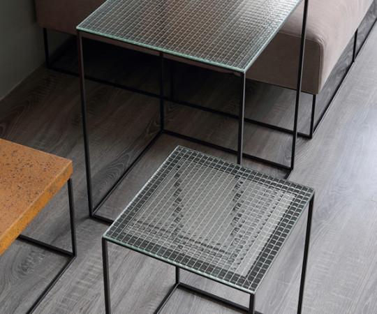 Zeus Slim Irony Low Tables - Wire Glass - Sofa / Sideborde