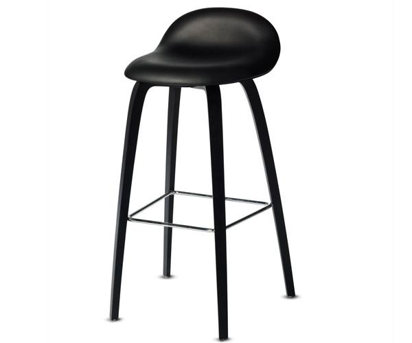 Gubi 33D barstol - fuldpolster med træstel