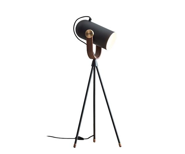 Le Klint Carronade Høj Bordlampe - Sort