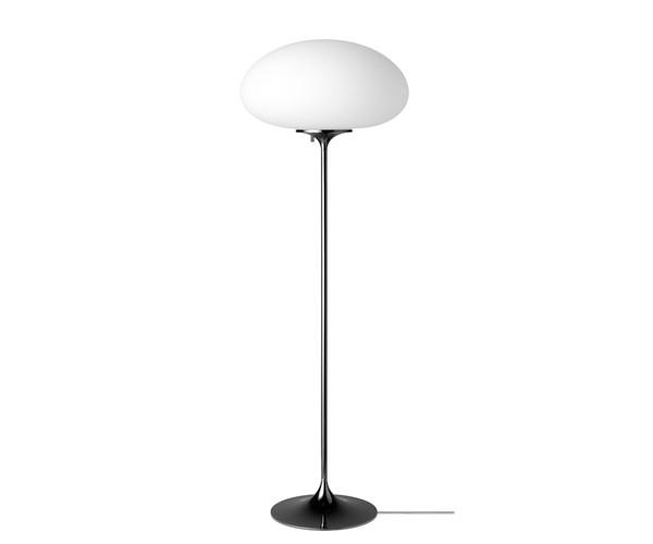 Gubi Stemlite Standerlampe - H150 - Black Chrome