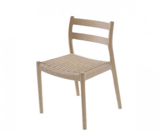 J L Møller - Model 84 stol