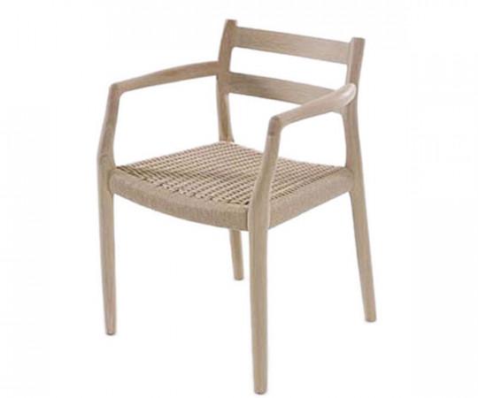J L Møller - Model 67 stol