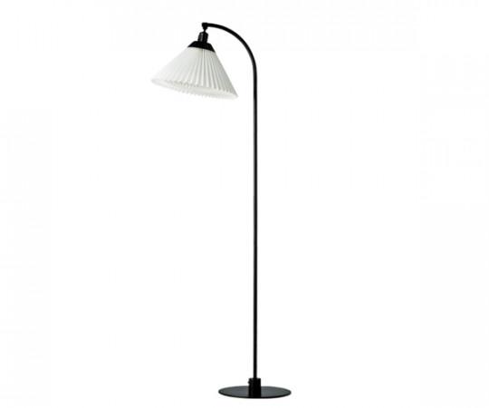 Le Klint Model 368 Standerlampe