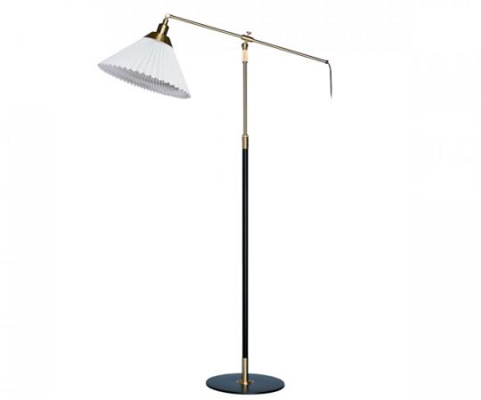 Le Klint Model 349 Standerlampe
