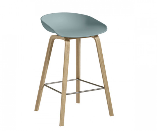 HAY About A Stool AAS 32 dusty blue