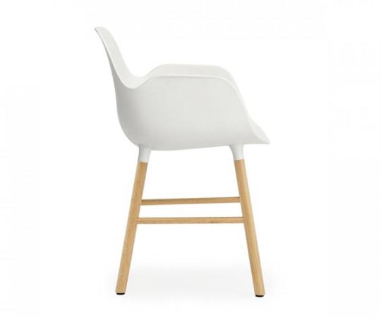 Normann Copenhagen Form Armchair - Eg